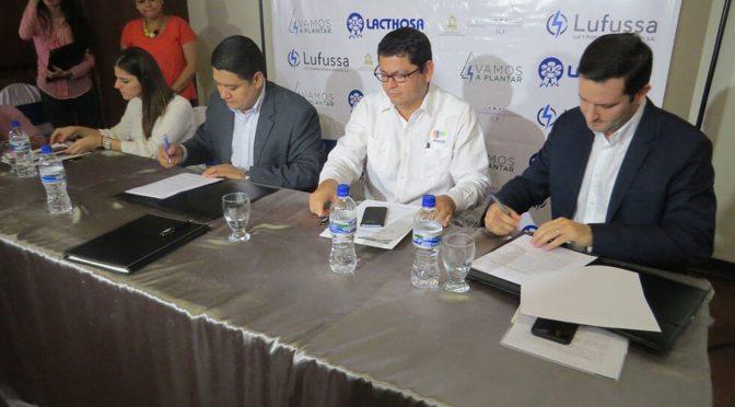Lufussa y Lacthosa firman convenio Vamos a Plantar con ICF